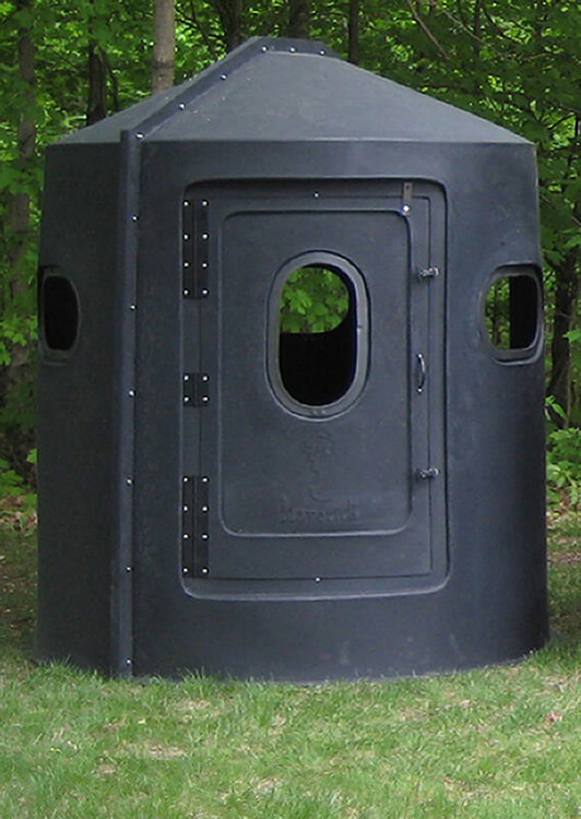 Windows For Hunting Blinds Part - 49: Maverick 5-Shooter Deer Stand In Black With Slide-Lock Door Seal And Choice  Of Windows
