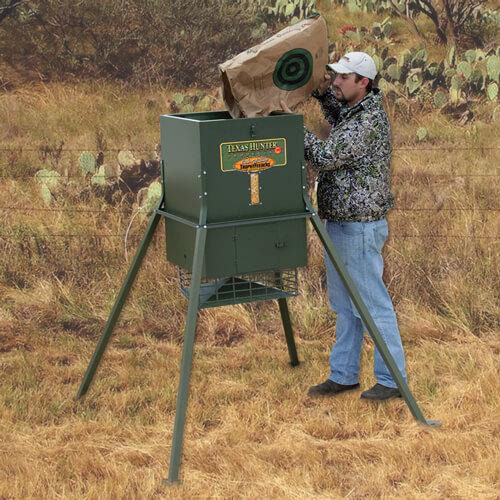 300 lb trophy deer feeder with 4 foot legs by texas hunter. Black Bedroom Furniture Sets. Home Design Ideas